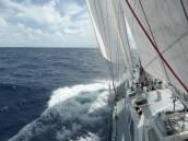 three sails pulling